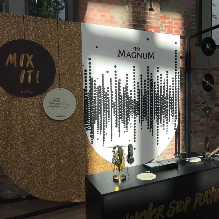 geschuimdPVC freeswerk- beursstand Magnum - Dekalu